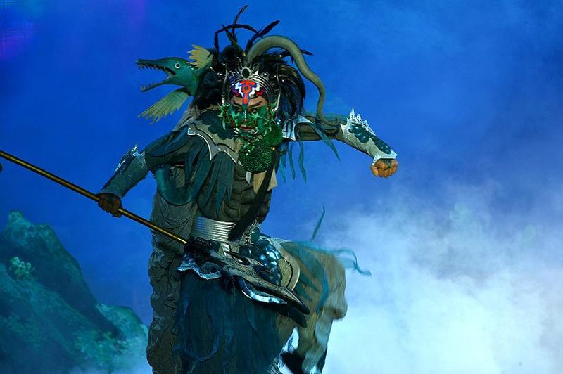 服裝造型2(圖片來源:明華園戲劇總團粉絲團)